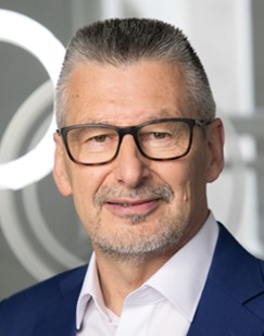 Dr. Gerd Wolfram